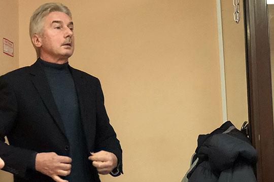 Геннадий Шаров: «В процессе то, что касается НКНХ, на 1 декабря, Татфондбанк подтверждал, что с «Нижнекамскнефтехимом» числится задолженность в пользу ТФБ. Обеспечение остается. Каких-то опасений у нас не было»