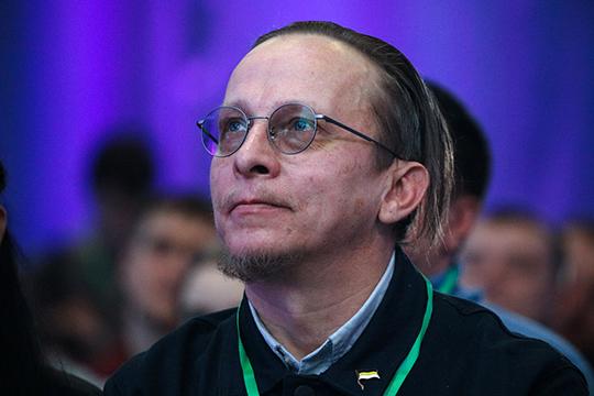 Иван Охлобыстин не может быть членом партии «За правду», так как состоит в партии Христа. Но на съезд приехал и как сторонник, и как советник Прилепина «по самому широкому кругу вопросов»