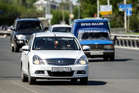Столичные автолюбители сразу на 147 авто до 42 регистраций сократили покупки бюджетного седана Nissan Almera, выбывшего из официальной линейки