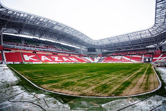 Руководство футбольного стадиона поддерживает идею. Поданным нашего издания, разговоры о возможном матче на открытом воздухе начались еще несколько месяцев назад