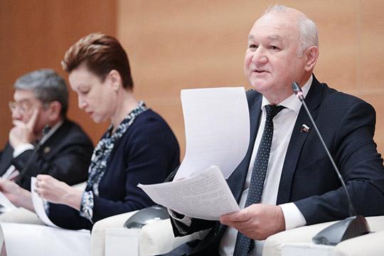 «Внешнее принуждение приведет только кимитации»: вГосдуме снова поспорили оязыках
