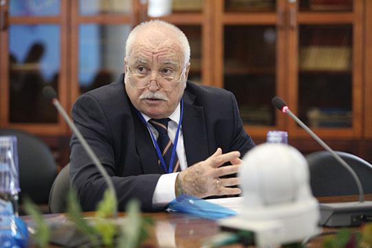 Михаил Марусенко:«Унас вовсех законах написано, что государство обязано обеспечить изучение языка при наличии условий. Это нереально обеспечить!»