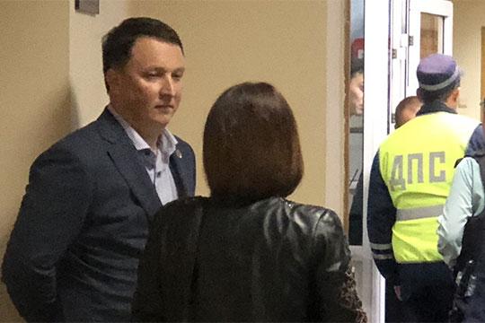 АдвокатМансуровнапомнил, что было ещеположительное заключение, датированное 31декабря 2012 года супоминанием нынешнего главы ГИСУМарата Айзатуллина (на фото) -хотя онтогда там неработал