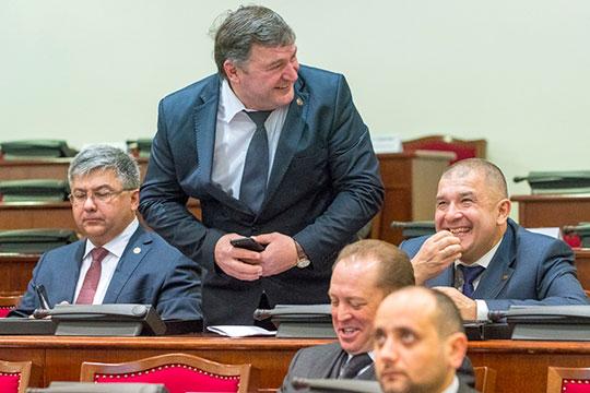 В свежем рейтинге муниципалитетов Татарстана, составленном министерством экономики, промышленное Закамье слегка сдало позиции: Нижнекамск выбит из тройки лидеров в пользу Лаишево