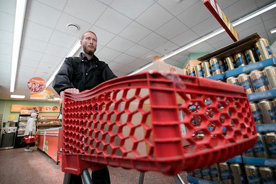 «Человек приходит в магазин, и ищет самое дешевое. Гречка, яйца, мука, пиво…»