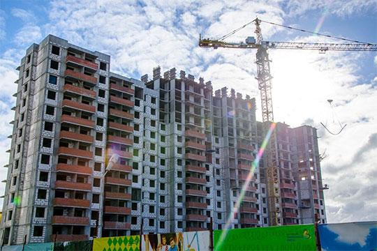 Рекордные 2,6 млн квадратных метров жилья возводят коммерческие застройщики в Татарстане в настоящий момент