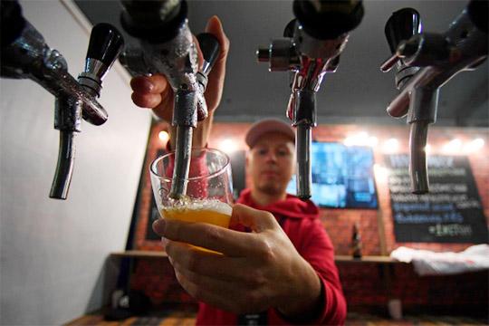 «В ресторанах повысится выручка»: чем обернется запрет крепкого алкоголя для молодежи?