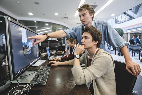 Наторги была выставленаразработка«дорожных карт» поразвитию всех 9 сквозных технологий, записанных внациональной программе«Цифровая экономика», рассчитанной до2024 года