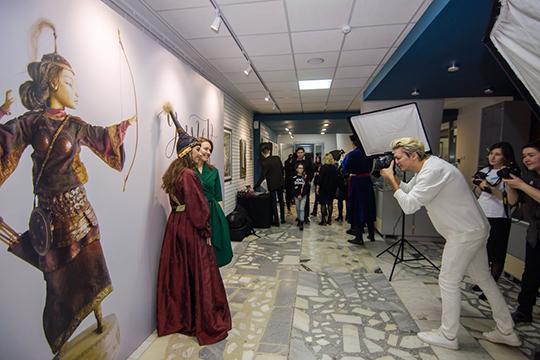 Выставка будет проходить вКартинной галерее ежедневнос4апреля по5мая