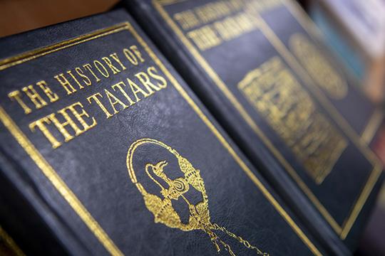 «Все новые факты становятся известными благодаря исследованиям последних городов, могильников, межязыковых контактов и религиозной жизни кочевников Золотой Орды»