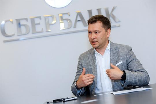 В банковских кругах Казани вновь участились разговоры о том, что Рушан Сахбиев может получить новую должность в структуре Сбербанка и покинуть республику
