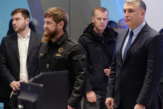 Главе Чечни разные каналы предсказывали назначение на должность полпреда президента в СКФО вместо Александра Матовникова, которого якобы собираются отправить в отставку