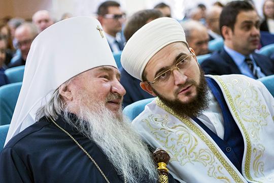 Проект православного радио для Татарстана победил 29 мая в Москве на конкурсе Роскомнадзора. Как говорят, комиссия была приятно удивлена тем, что «Веру» заранее поддержало ДУМ РТ