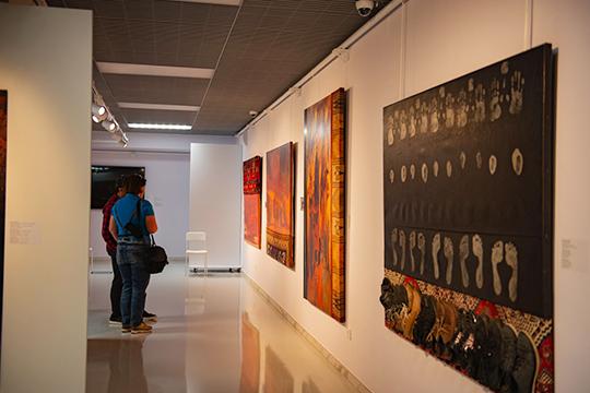 Оценить, насколько потрясающи художники из Дагестана, можно уже сейчас — выставка в ГСИ продлится до 14 июля