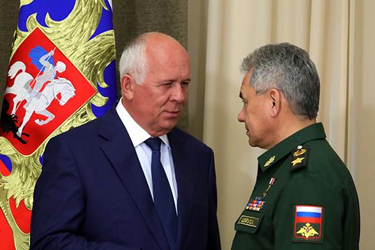 Чемезов иШойгу курируют сферу обороны иВПК, ароль армии возрастает вусловиях деградации дипломатических инструментов