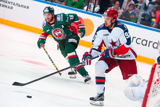 Дмитрий Квартальнов видит Микаэля в первой паре обороны команды вместе с другим новичком Игорем Ожигановым, который минувший сезон провел в «Торонто»