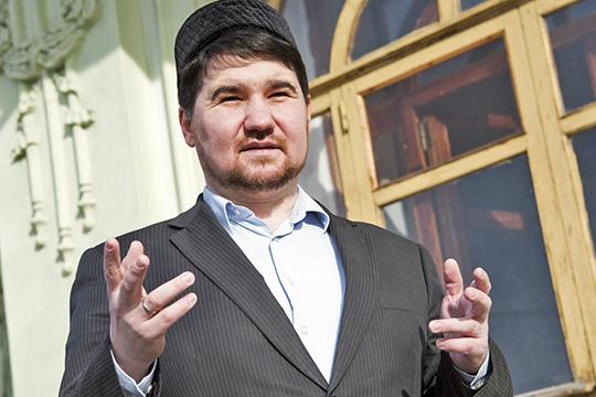 Рустам Батыр: «Наодних осваивают бюджеты, надругих выслуживаются перед начальством»