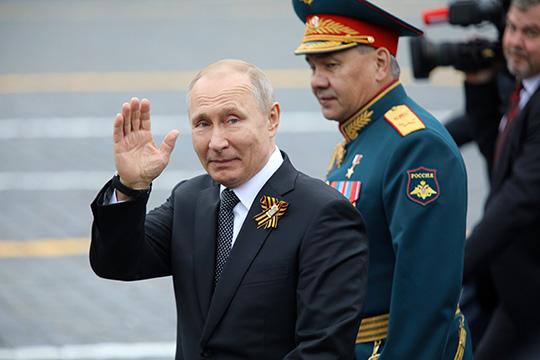 «Путин редко увольняет людей. Онсчитает, что кадры— это ценная вещь инеследует ими разбрасываться. Поэтому Путин скорее добрый, чем какой-то злопамятный или ещё что-то»