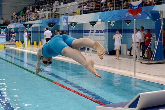 Спортивная трехлетка вЧелнах: два бассейна, два катка иоздоровительный комплекс