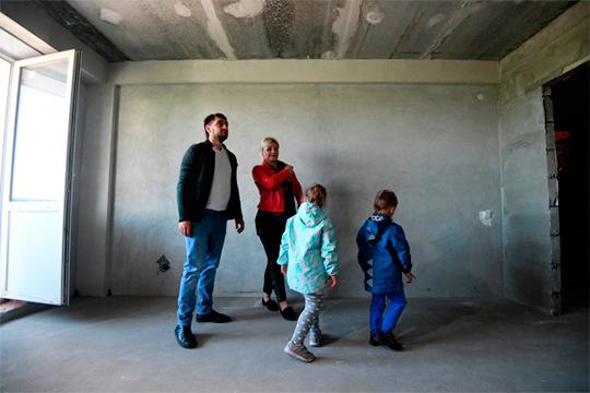 «Нужно пересматривать вцелом классность жилья, потому что когда люди разных социальных слоев живут наодной территории, социальная напряженность снижается»,— считает Мурунов
