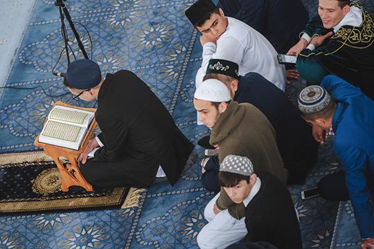 «Многие переводчики знают арабской язык. Но что толку от их знания, если они не могут выразить и маленькой толики той поэтики, которая присутствует в арабском оригинале Корана?»