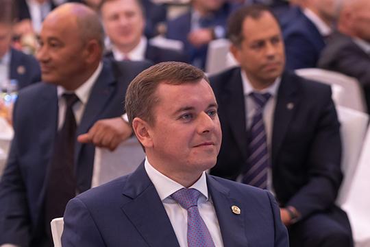 «Благодаря вашему непростому, новажному труду, Татарстан сохраняет устойчивый рост производства ислужит основной благополучия ипроцветания нашей республики»,— отметил министр
