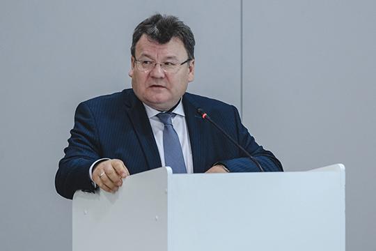 Ильдар Мингалеев единственный из руководителей минпромторга, которого без стеснения называют членом команды предыдущего министра Равиля Зарипова