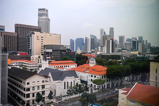 «Сингапур — это филиал Китая. Собственно, основатель Сингапура как независимого государства Ли Куан Ю всегда говорил, что самое главное для Сингапура — избежать ислама и стать китайским государством»