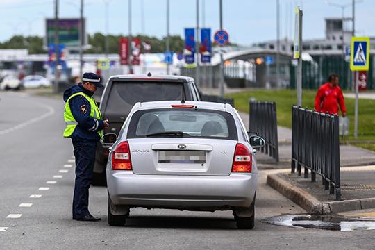«Благодаря реализации мероприятий поустановке пешеходных ограждений внаселенных пунктах достигнуто снижение количества наездов напешеходов на11%, погибших на33%, ираненных на9%»
