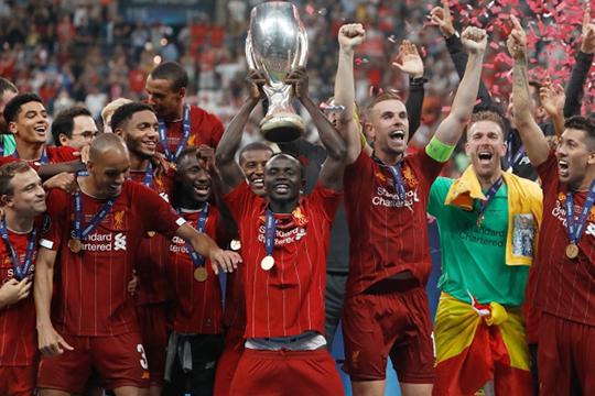 Сегодня Российский футбольный союз (РФС) официально передаст УЕФА заявку Казани на проведение Суперкубка — матча между победителями Лиги чемпионов и Лиги Европы