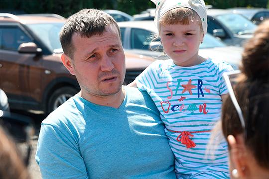 По словам Марата Камалиева, с оценкой экспертов семья согласилась сразу, и споров не возникло