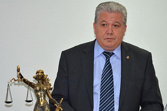 Юсуф Сахапов, срок полномочий которого истекает в январе 2020 года, по сведениям источников переедет в Казань, где, вероятно, станет председателем Советского райсуда
