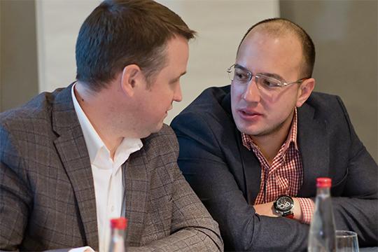 Мурат Ахмеров (справа): «У нас вообще люди крайне не любят заезжать на встроенные парковки, предпочитая надземные»