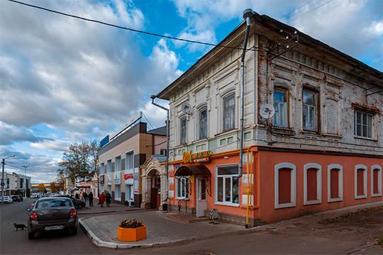 По словам зампредседателя ТРО ВООПИК, в историческом центре под угрозой разрушения — 72 объекта