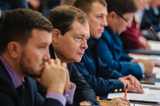 Ранее, предсказывая отставку Тимерзянова, наши источники называли имя его вероятного сменщика. Фаворит кадровой гонки — 58-летний Виктор Демидов