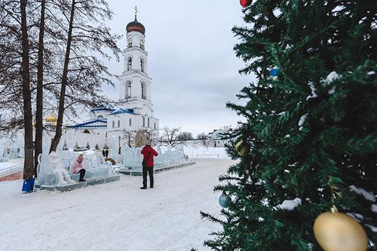 «Раньше время между Рождеством иКрещением называлось «святочными днями» или просто «святками». Время между такими основными православными праздниками народ проводил благочестиво»