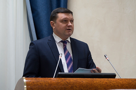 Алексей Фролов, первый замминистра строительства, архитектуры и ЖКХ, сообщил, что в прошлом году 149 организаций жилищно-коммунального комплекса оказали услуги на 23 млрд рублей