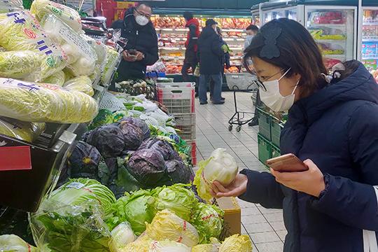 Как признались в беседе с корреспондентом «БИЗНЕС Online» участники рынка китайских продуктов в Казани, введенные ограничения по поставкам товаров из Поднебесной на них не сильно отразились