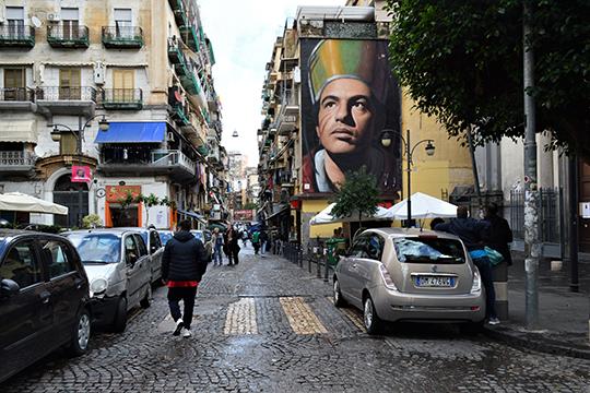 Одна из улиц исторического центра Неаполя