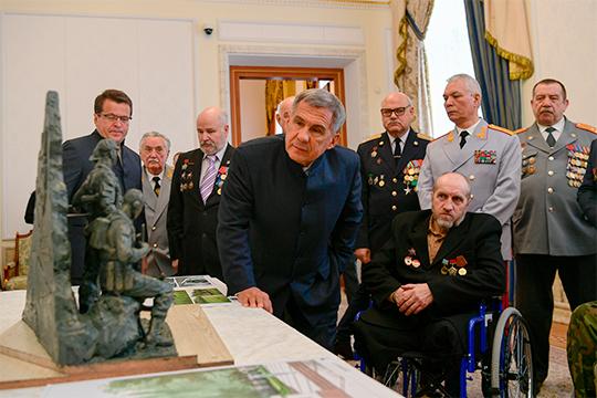 В минувшую субботу в губернаторском дворце Казанского Кремля президент РТ Рустам Минниханов чествовал ветеранов боевых действий в Афганистане