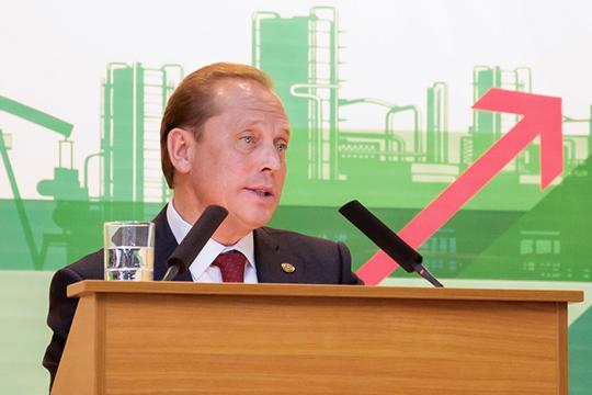 Промышленные предприятия Нижнекамска до 2023 года должны будут получить комплексные экологические разрешения (КЭР), о чем сегодня сообщил мэр города Айдар Метшин