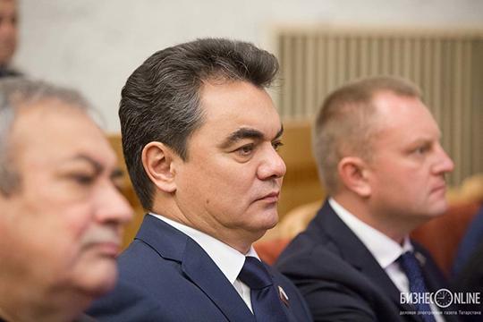 Остро складывались у Хамитова отношения с мэром УфыИреком Ялаловым