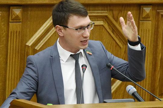 Прокофьев предложил увеличить время суточного бесплатного муниципального паркинга