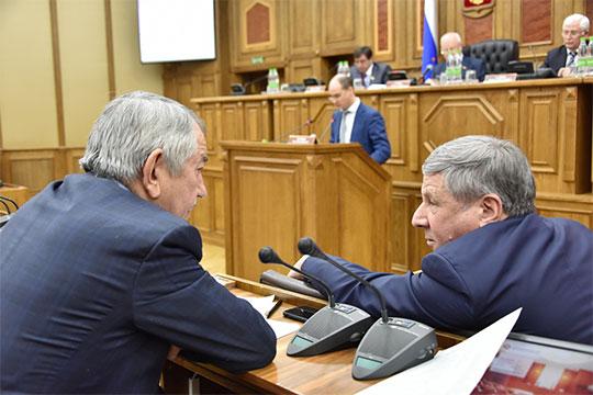 Зачем принимать закон, если он уже принят? — спросил гендиректор «Газпром трансгаз Казань», депутат Госсовета РТ Рафкат Кантюков