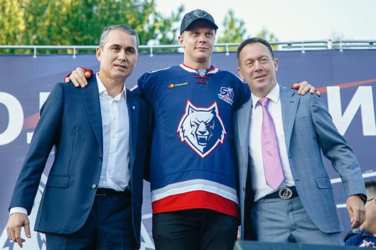Юусо Пуустинен (в центре) с Якуповым и Бикмурзиным