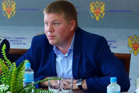 Андрей Беляковневыходит насвязь, его объявили вфедеральный розыск, который пока неувенчался успехом