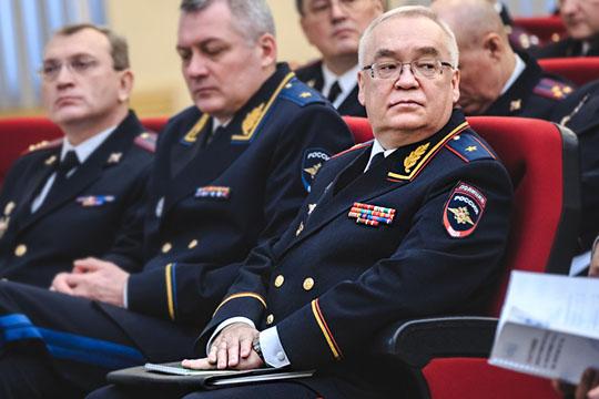 Татарстан ждет Путина, вКазани меняют шерифа, асиноптики устроили свару