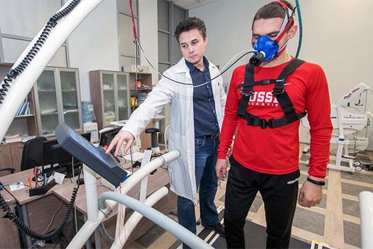 Парадоксы спорта РТ: создали уникальный центр диагностики, нофедерации имнепользуются