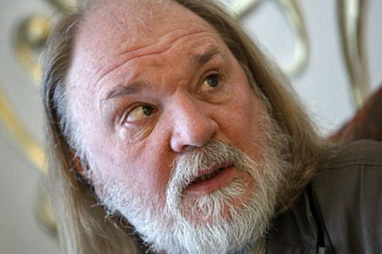 Олег Лоевский— многолетний лидер лабораторного театрального движения вРоссии