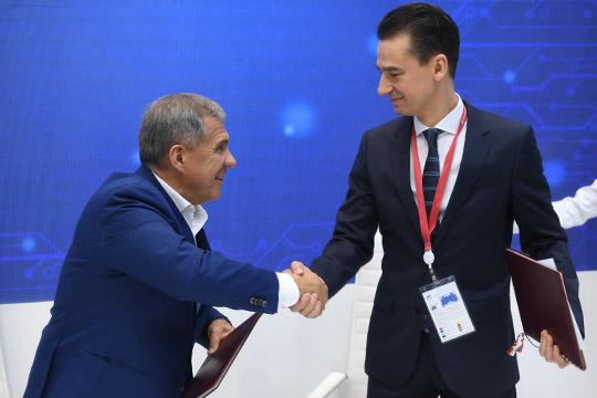 Президент РТ в Сочи встретился с главой Duracell в РФ Юрием Каратаевым. Итогом стало подписание соглашения между Татарстаном и Duracell о развитии системы раздельного сбора и утилизации источников тока